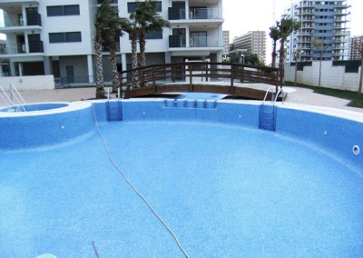 Limpieza de piscinas en castell n piscinasbenages for Piscina benicassim