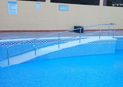 Reparación y construcción escaleras para piscinas